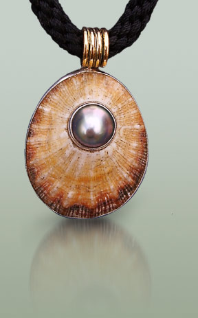 Necklace made from shell silver and pearl