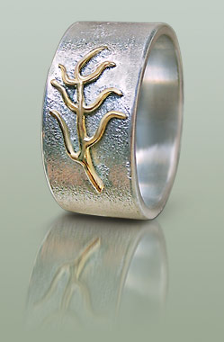 Silver mans ring with leaf motif