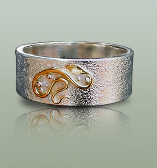 Mens silver ring with snake motif